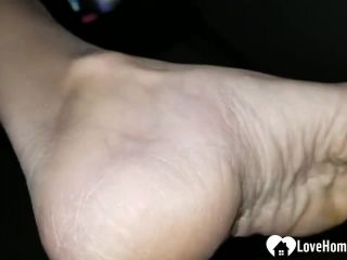 Amateur 10175-Close up sexy dry soles and feet with red toe nails