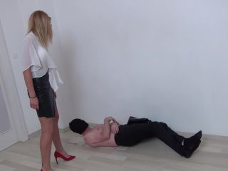 Brutal stomping – Foot Fetish Beauties – Trampling Secretary Style!