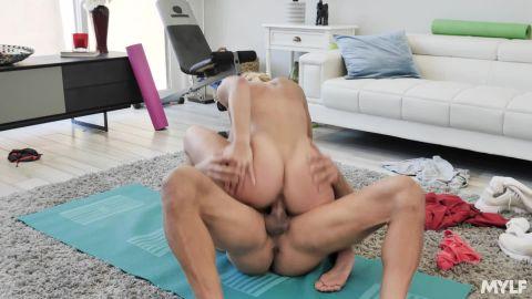 Katie Morgan After Yoga [FullHD 1080P]