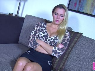 Cute toes – Humiliatrix – Princess Remi Destroys Your Date with Her Sexy Feet