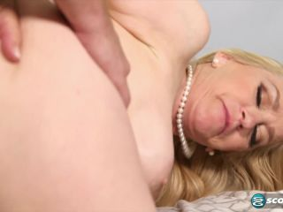 Robin Pachino - Robin orders sausage Its delivered in her ass