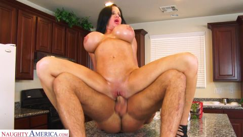 Sybil Stallone - Busty Milf, Sybil Stallone, Gets A Juicy Creampie From The Delivery Man (1080p)
