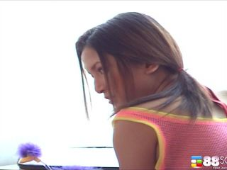 Lisa Linn Behind The Screen RAW Video #1