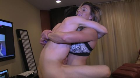 Muscle Goddess - Goddess rapture lifts and jerks off her step bro - Sc ...