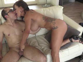 Santy fucks big tits