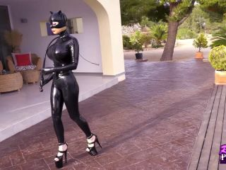 Catwoman Meets Batman Pt1