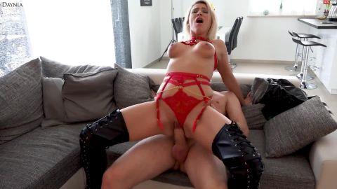 Daynia - Die perverse Hardcore Stiefel-Straps-Hobbyhure - So wird jeder mein Stammkunde - XXXL Safte [FullHD 1080P]