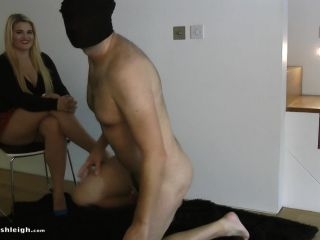 Princess Ashleigh – Uncaged For Ball Busting