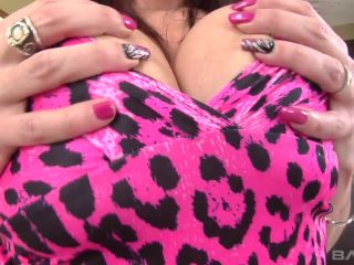 Tiffany Mynx Likes It Hard And Gets It Hard In This Deepthroat Fuck Fest