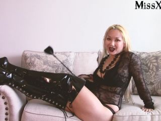 Miss Xi – A Chat about Ballbusting