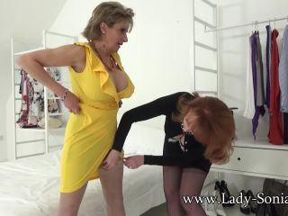 Lady Sonia - Sonia And Red With Layered Nylon
