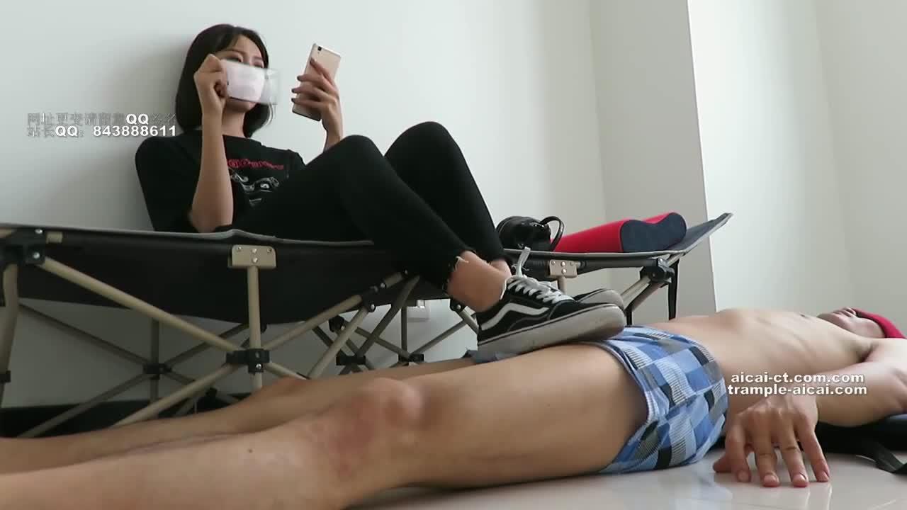 Hot Girl Fingering Asshole