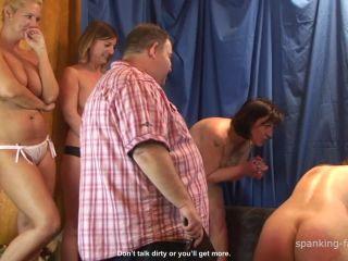 A Giant Naked Bottom HD