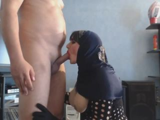 French Arab mature CD Carola blow thick cock in hijab