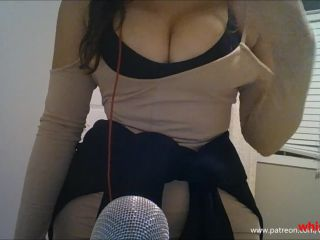 ASMR Playing with my Clit