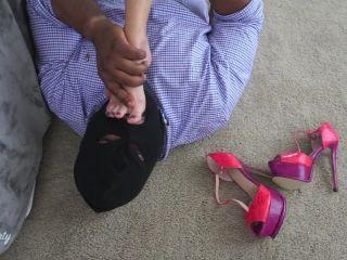 Porn online Footfetishbb – Stella Liberty – Slave Sucks My Feet