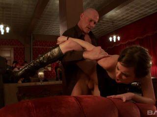 Lorelei Lee Is Into Some Kinky Stuff