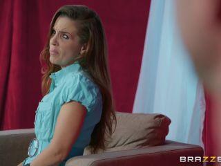Brazzers – PornstarsLikeItBig presents Monique Alexander in Hands Off! – 28.11.2018