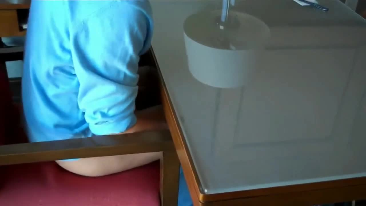 Fucking Mom Under Table
