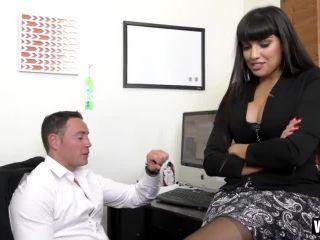 MILF Boss Mercedes Uses Her Sexy Ass to Seduce Employee