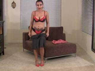 Sexy webcam flexer