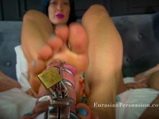 Vancouver Kinky Dominatrix – Chastity Footjob Extreme 1080p
