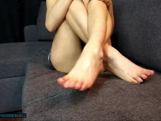 Toes fetish – moneygoddessscc – Feet Posing