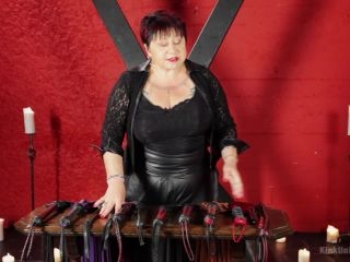 Sensual Flogging 101 - with Cleo Dubois (August 4, 2014)