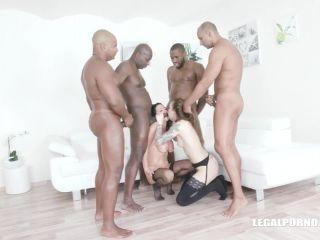 Veronica Avluv Monika Wild when two crazy cock queens meet the result is amazing Part 2 IV194