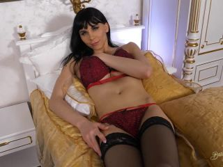 Bailee Paris – Jacking In A Golden Bed