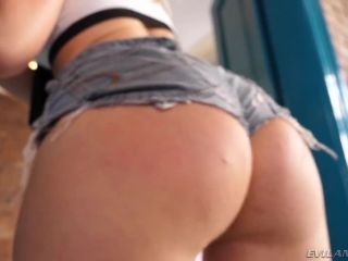 Selvaggia – (Evil Angel) – Double-Anal Extraordinaires