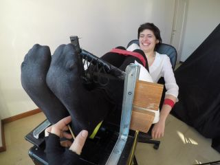Ticklish girl – Feet in the Stocks – First Time Tsuki