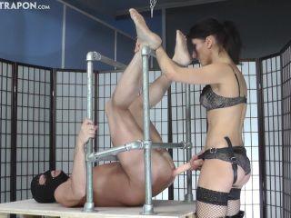Strap-on – CRUEL MISTRESSES – Strict and forceful mistress – Mistress Bella