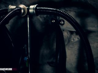 Latex Porn – 7882 – Rubber Balloon Bondage – Part One – Fuchsia & Cynth Icorn