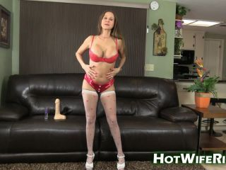 HotWifeRio presents 20170116 I LOVE MY DILDO #33