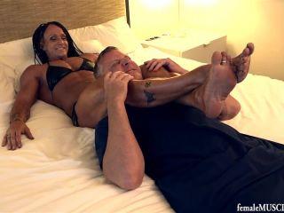 female muscle movies  janeen lankowski  janeen's headscissors  hand fetish