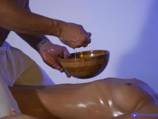 Renata Fox - Masseur milked by sexy Russian 2019 All Sex Pussy Creampi ...