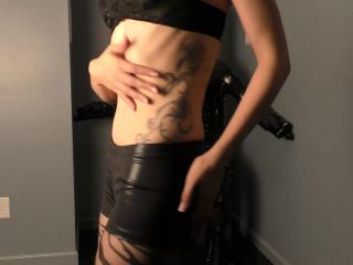 Mistress Helix  Handjob In The Dark