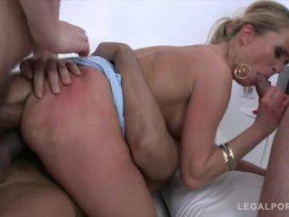 Porn tube Online Video Laura Crystal – Gonzo - LegalPorno – 5on1 mini gangbang with DAP SZ894 double penetration