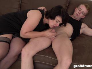 Big Hips Mom Sex