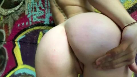 Bentbox- Elsa Begs You to Fuck Her - 1080p High Definition Downloadable Video