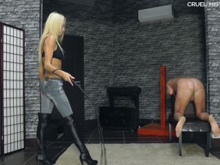 Whipping – CRUEL MISTRESSES – Screaming slave 2 – Mistress Ariel