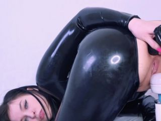 Latex Fetish and Squirting - Dawn Willow