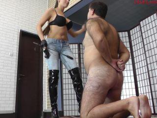 Domination – CRUEL MISTRESSES – Amanda tortures his whole body – Mistress Amanda