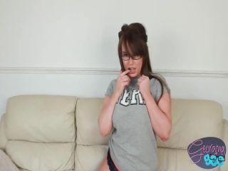 Georgina Gee - Nerd - FullHD