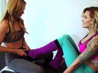 Bratty Foot Girls – Reagan and Jenny's Epic Gym Time Pantyhose Footjob