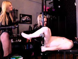 Mistress Tess, Scarlet - One Size Fits All