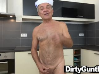 80 yo gunther gets sck by hot twink with generous cock