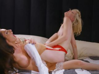 Charlotte Stokely, Silvia Saige – A Lesbian Christmas Story Scene 3 – The Perfect Gift (Full HD)