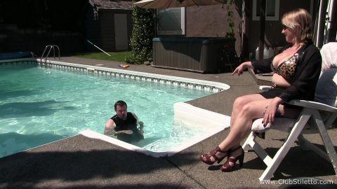 Club Stiletto Femdom - How He Amuses Me [FullHD 1080P]